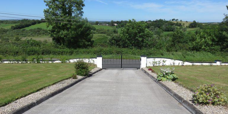 KH GATES
