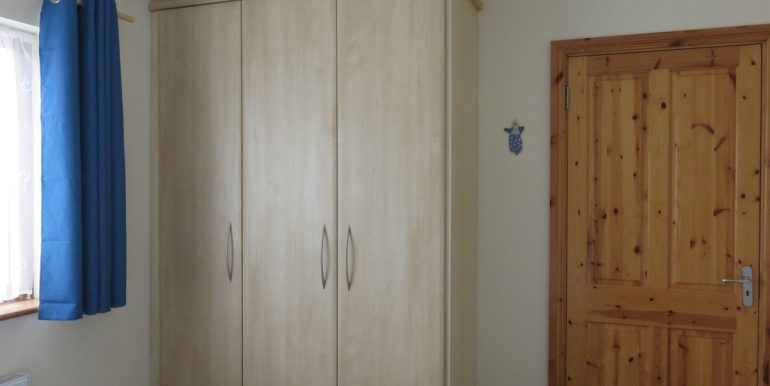 BEDROOM 3 WARDROBE