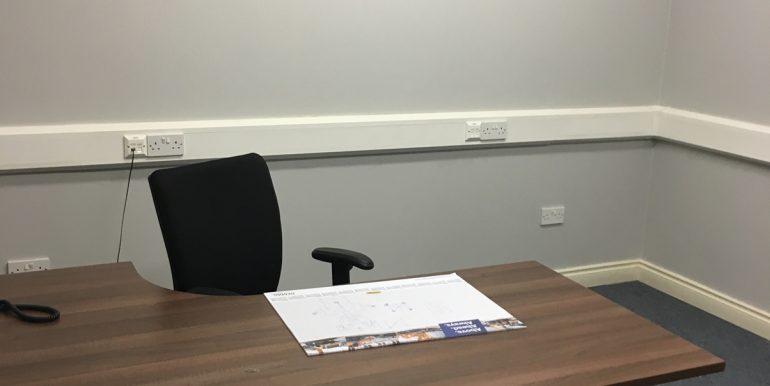 Office 1 (002)