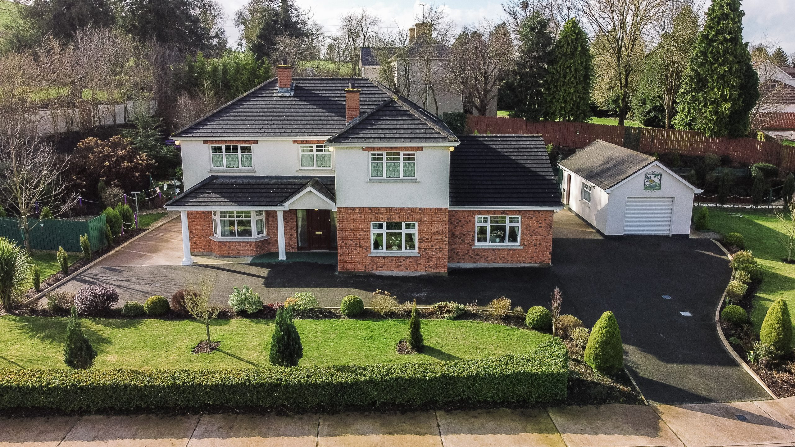 NO. 9 LAKEVIEW, BALLYBAY ROAD, COOTEHILL, CO. CAVAN. H16 XW18